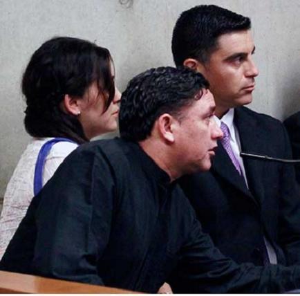 Cuatro policías chilenos procesados por torturar a estudiante de 14 años