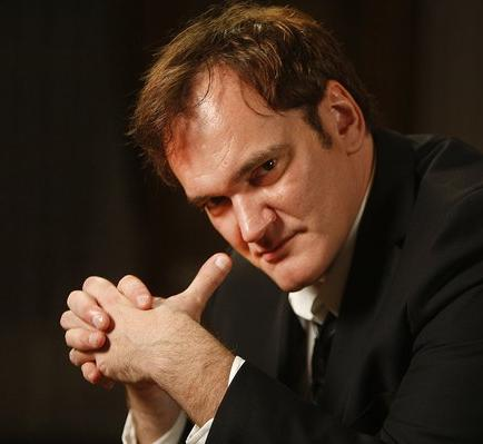Tarantino inmortaliza sus huellas en el Teatro Chino de Hollywood