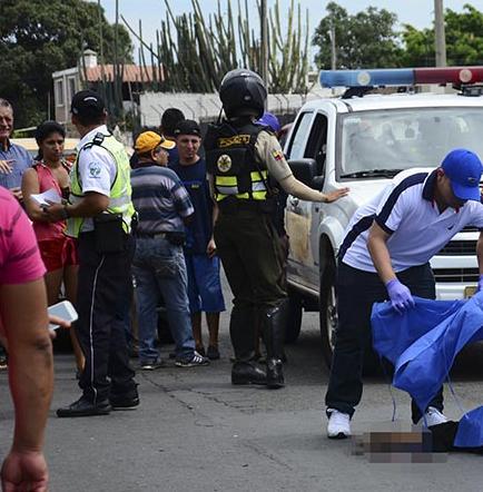 Guayaquileño muere arrollado