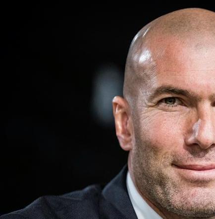 Zidane tiene un contrato de dos años y medio con el Real Madrid
