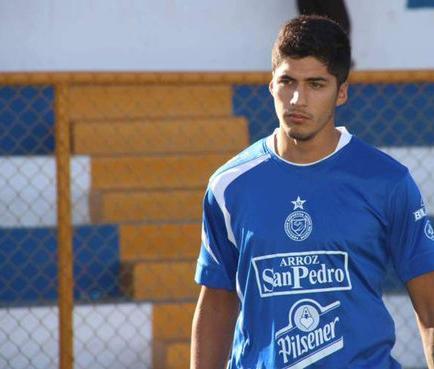 Hermano de Luis Suárez busca oportunidad en el fútbol salvadoreño