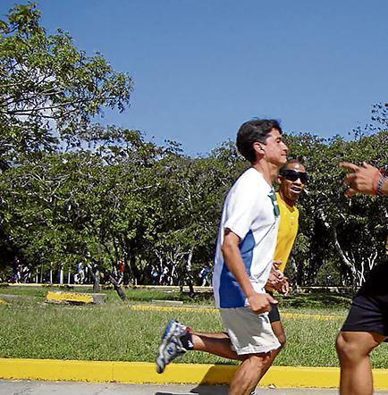 El retro running: Ejercítate dando reversa a tu cuerpo
