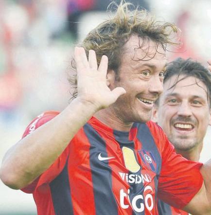 Diego Lugano deja Cerro Porteño y volvería a Sao Paulo