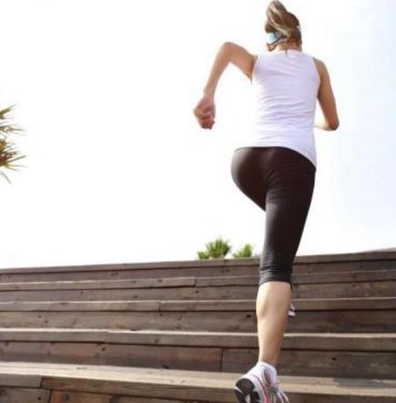 Los beneficios de subir las escaleras