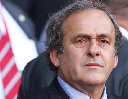 Michel Platini retira su candidatura para la presidencia de la FIFA