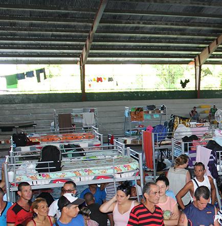180 migrantes continuarán viaje a ee.uu.