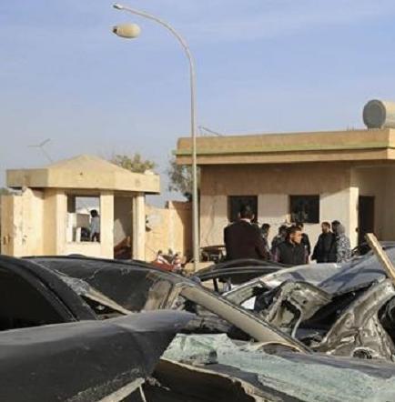 Cerca de 60 muertos y más de 120 heridos en plena ofensiva yihadista en Libia