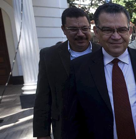 Oposición venezolana dice que no puede acatar pedido del supremo