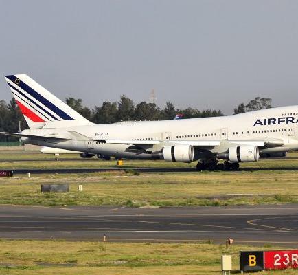 Encuentran un cadáver en el tren de aterrizaje de un avión de Air France