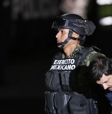 El 42% de los mexicanos está a favor de extraditar al Chapo a EE.UU.