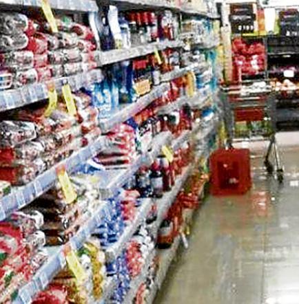 Protestan al no ir a supermercados