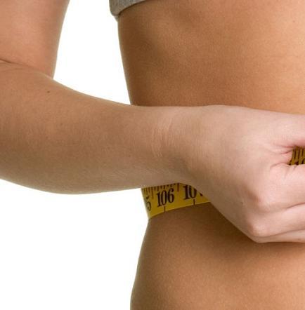 Estudio halla vínculo entre aumento de peso y menor progresión del parkinson