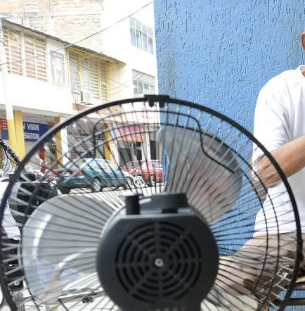 Temperatura eleva la venta de ventiladores