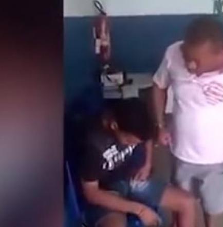 Golpea a su hijo por robar y crear furor en las redes sociales