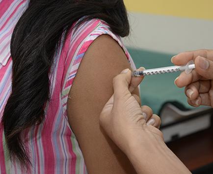 Hay resistencia para  aplicar la vacuna contra el virus del Papiloma