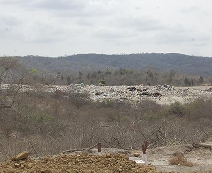 Humo afecta a los habitantes de los pozos
