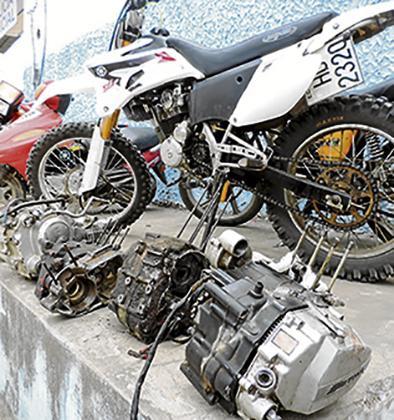 investigan presunta clonación  de motos