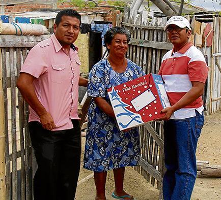 Concejales donan  canastas