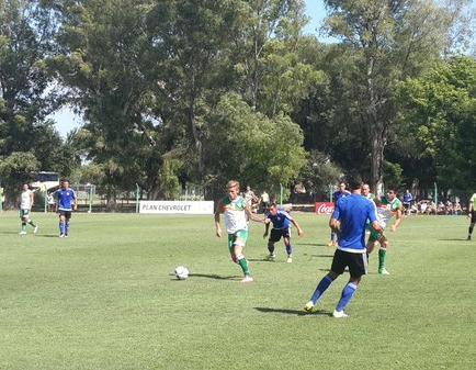 Emelec y Banfield empatan sin goles en primer cotejo amistoso