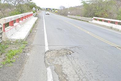 Se deteriora la vía a Guayaquil