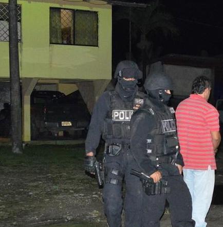 Dos hombres fueron detenidos por el presunto delito de tenencia y porte de armas