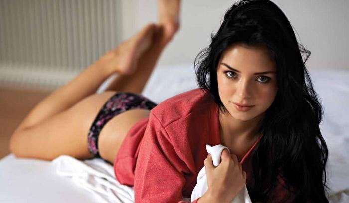 Demi Rose, la sexy modelo que admira al futbolista James Rodríguez