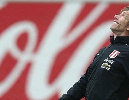Gareca busca en Europa nuevos jugadores para la selección de Perú