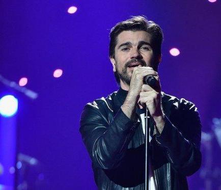 Juanes cuestiona negocio de las cárceles privadas
