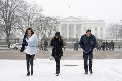 Cancelan vuelos a Nueva York por nieve