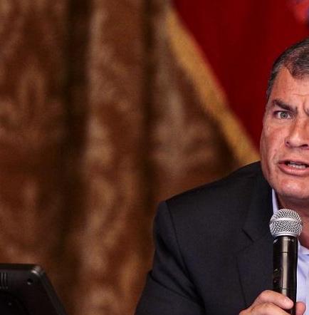 Presidente Correa designa a nuevo alto mando militar
