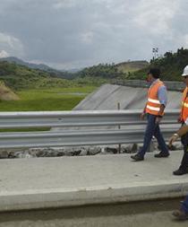 Lechuguines invaden represa de Río Grande