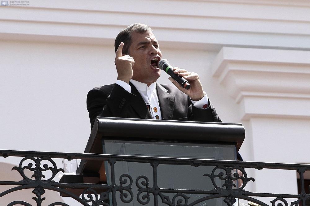 Presidente Correa envía carta a soldados tras cambios en Alto Mando