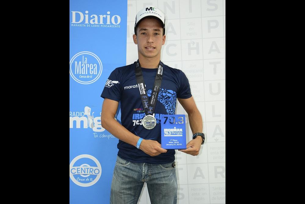 Joven manabita gana el Ironman Panamá