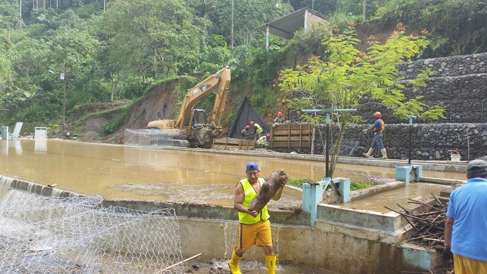 Turbiedad en el agua potable genera críticas