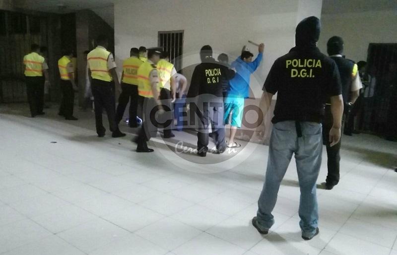 Policía descubrió caletas dentro del penal de Bellavista