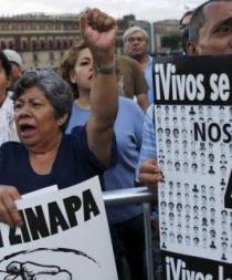 Forenses argentinos concluyen que 43 jóvenes no fueron quemados en Cocula