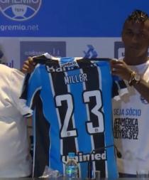 Miller Bolaños usará la camiseta 23 del Gremio (VIDEO)