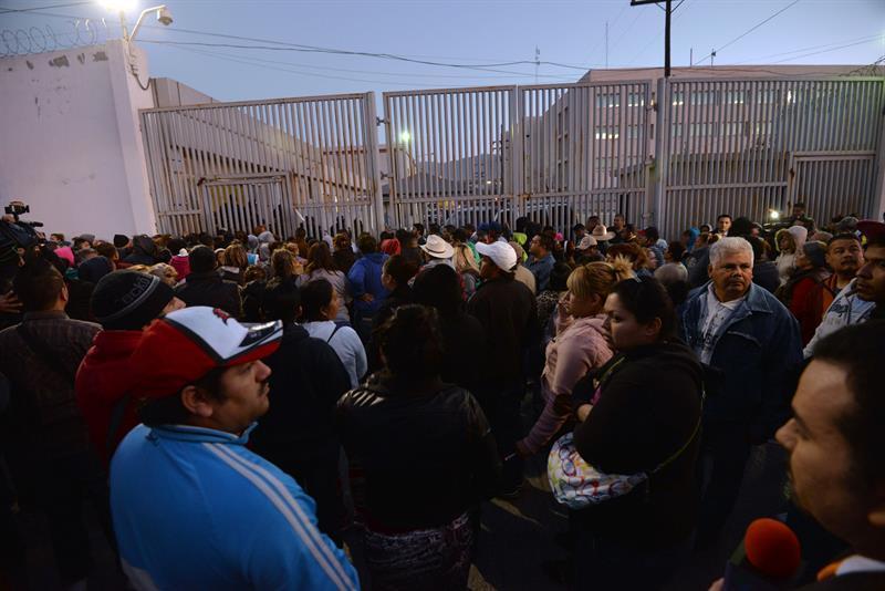 Cerca de 60 muertos deja un motín en penal mexicano