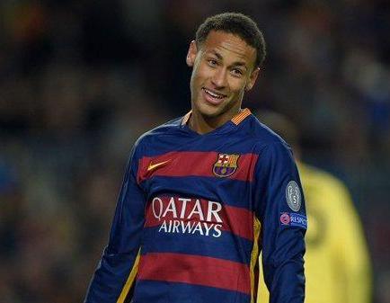 Retiran publicidad de Neymar por 'violar la santidad' de La Meca