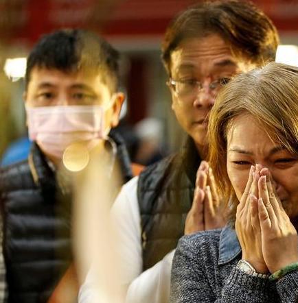 Taiwán sube a 96 la cifra de muertos por sismo de 6,4 grados