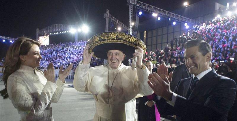 Francisco es el tercer papa en llegar a México