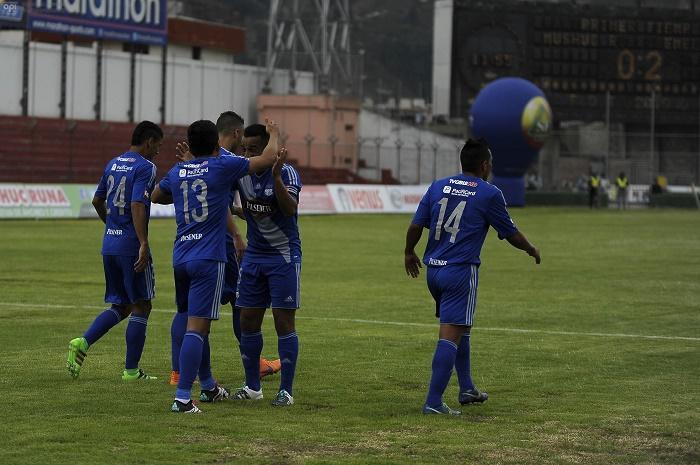 Emelec venció por 3-0 a Mushuc Runa en el estadio Bellavista de Ambato