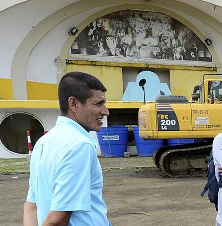 Cientos de personas buscan trabajo en construcción de parque La Rotonda