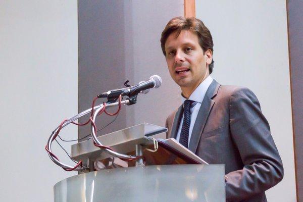 Guillaume Long apuesta por Unasur y por integración regional | El Diario  Ecuador