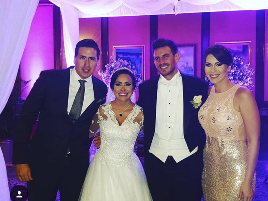 La Bomba\' y Esteban González celebraron boda religiosa en Guayaquil ...