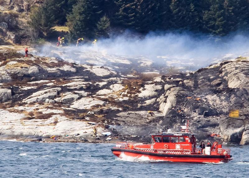 Al menos once muertos al estrellarse un helicóptero en la costa oeste Noruega