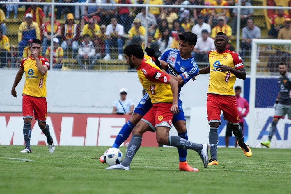 Listo el doblete: Delfín SC juega en el Modelo, luego Emelec