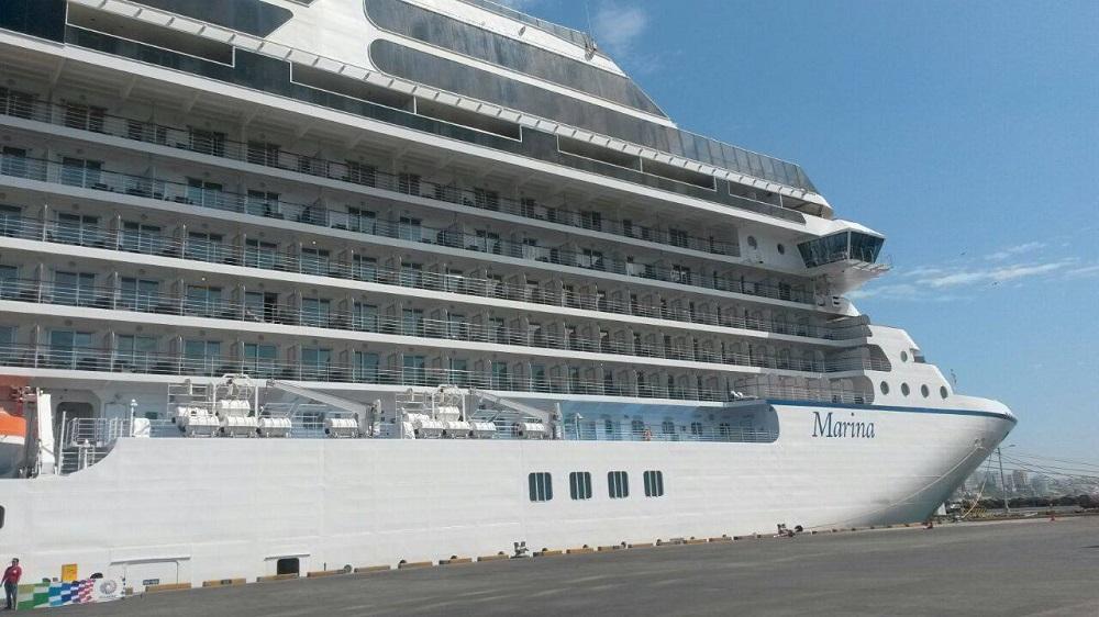 Crucero Marina con más de mil turistas suspende su visita a Manta