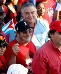 Líder de las FARC asiste a desfile del 1 de Mayo en La Habana
