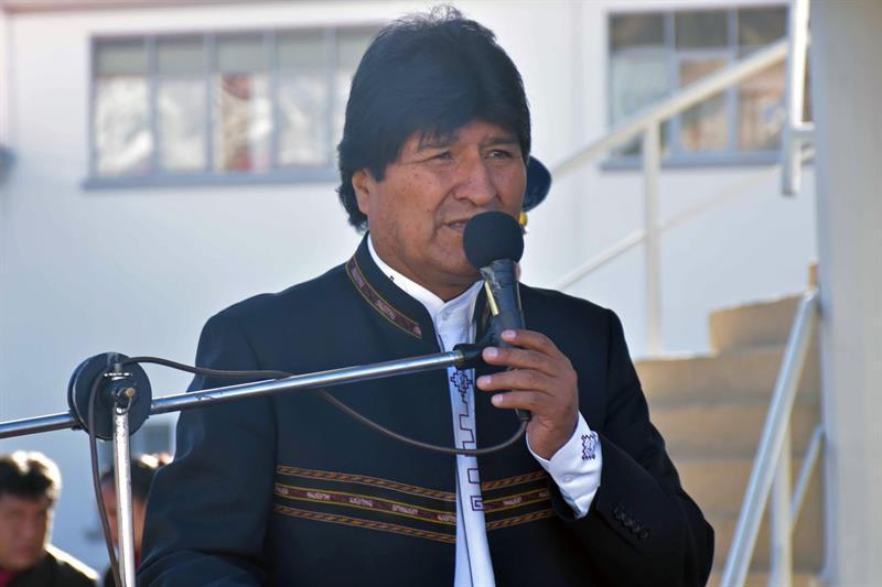 Evo Morales aumenta salario de trabajadores, congela el suyo y anuncia austeridad